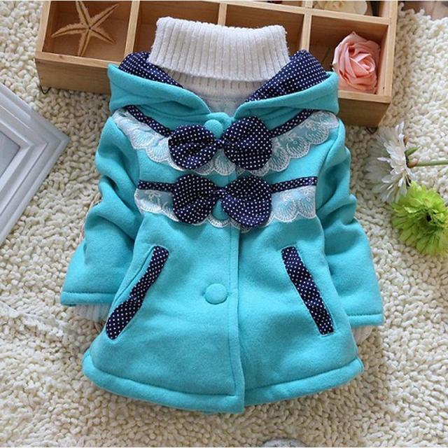 Мода Весна Осень детские Кружева Точки Толщиной С Капюшоном Пальто и Куртки Детская Одежда Девушки Верхняя Одежда