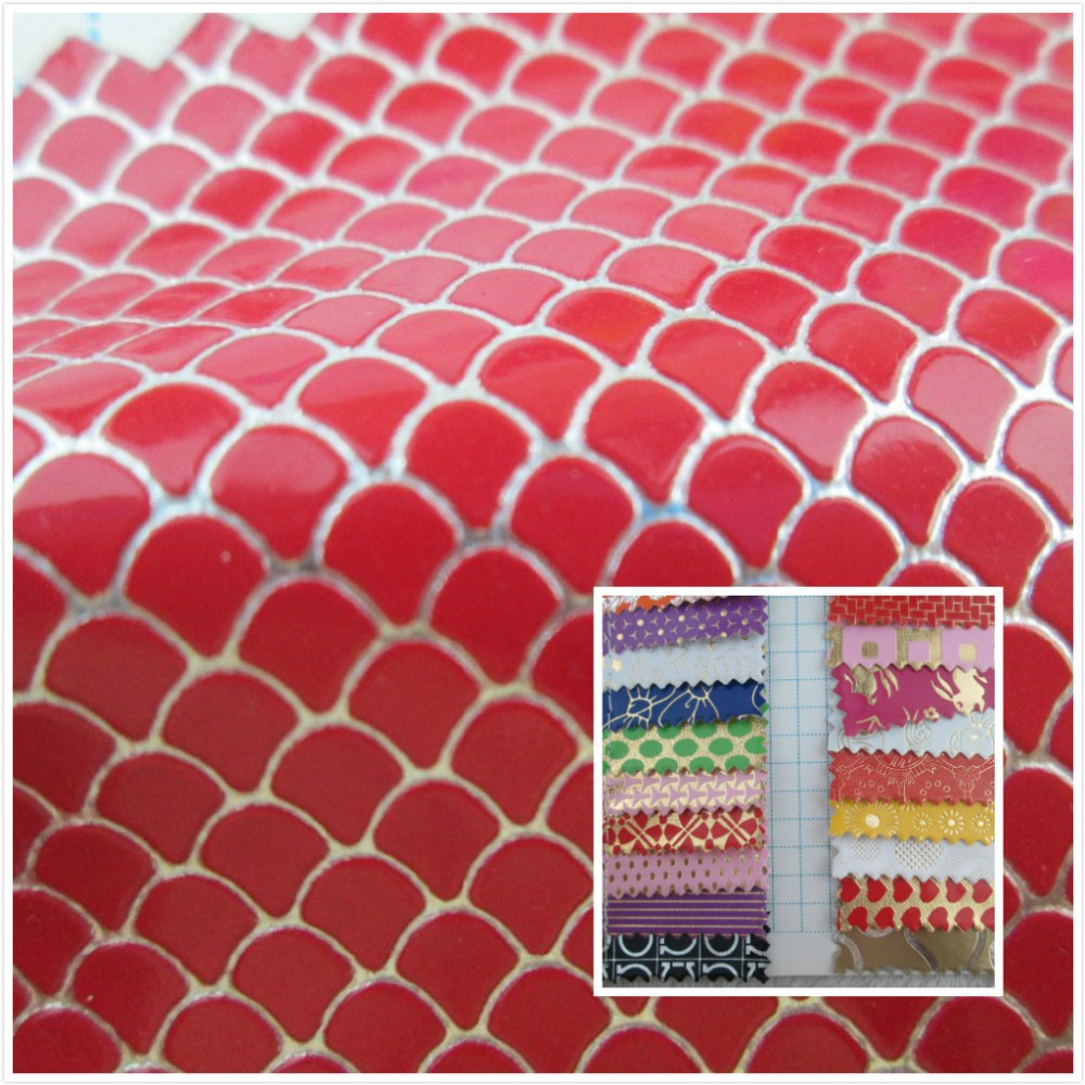 New! embossed style Mirror glitter 0.7 mm PVC synthetic leather fabric 24 Smooth surface for decorative bag couro cloth(China (Mainland))