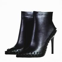 Negro Botines Mujer Tacones Altos Señalaron Toe Sexy Botas de Nieve Zapatos de mujer Remaches Mujeres Botas de Invierno Con Botas de Piel de Mujer B-0197(China (Mainland))