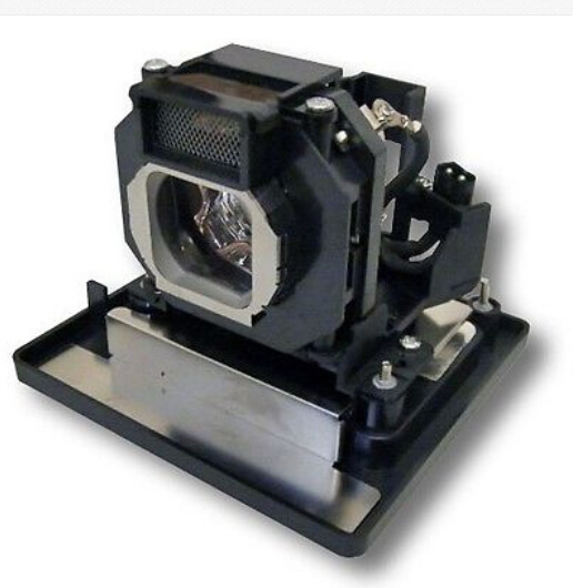 Фотография Universal ET-LAE4000 100% NEW BARE LAMP WITH HOUSING fit PROJECTOR PT-LAE400 /PT-LAE4000 180Day warranty