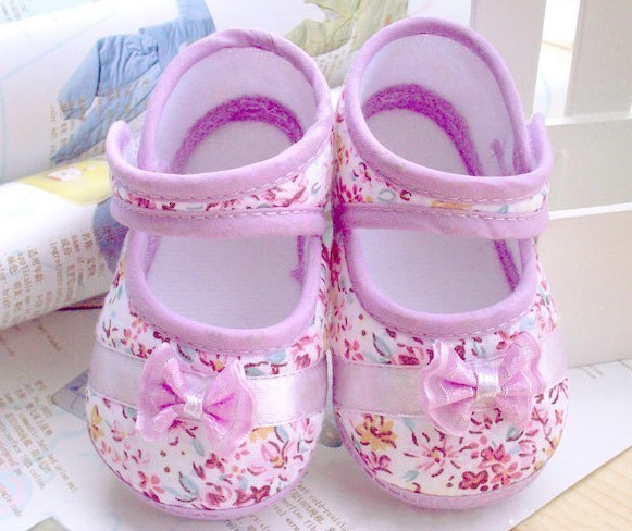 Retail free shipping 2014 Girls flowers bow baby toddler shoes 11cm 12cm 13cm spring autumn children footwear first walkers(China (Mainland))