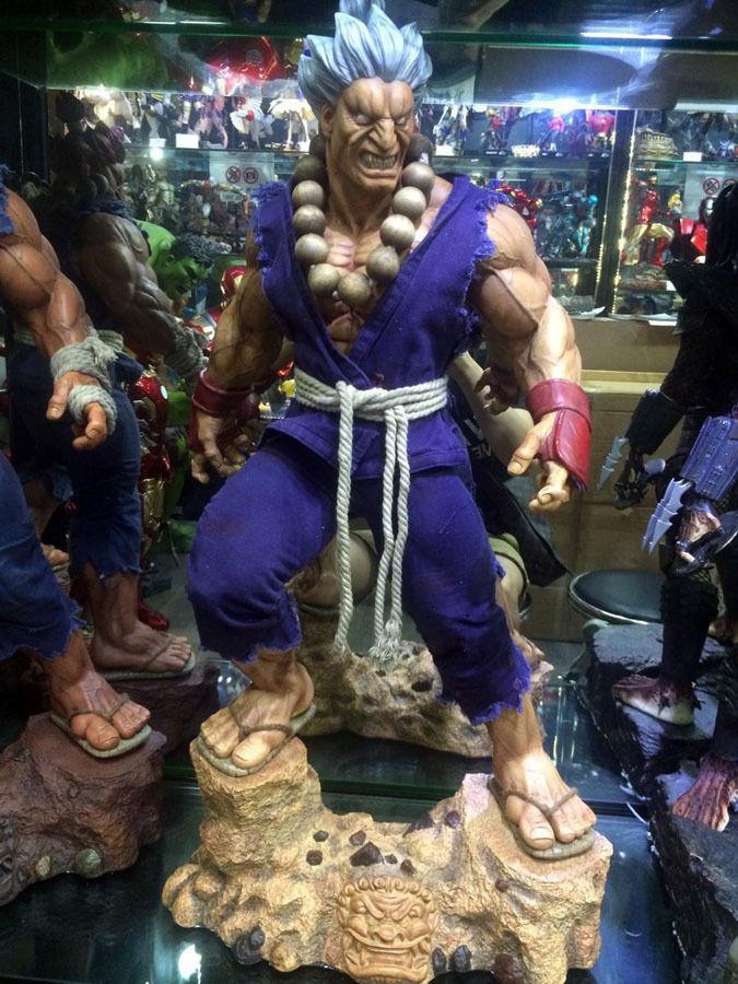 31 Super Street Fighter IV Arcade Edition Gouki Action Figure Resin Replica