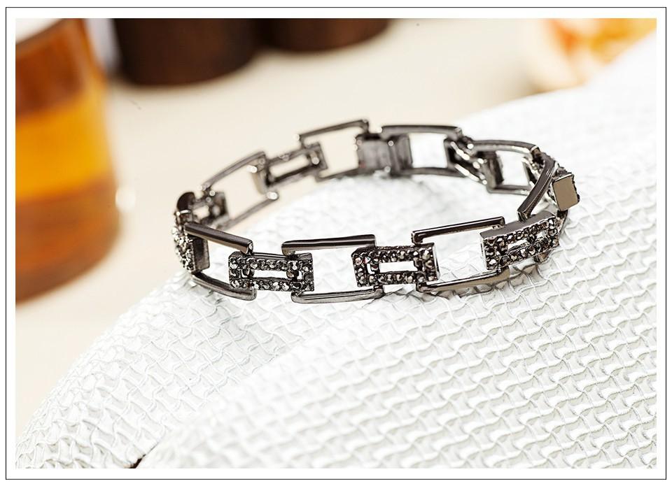 Delicate-diamond-bracelet_06