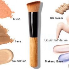 Professional Full Featured Foundation Makeup Brush Cream Flat Top Buffing Brush Cosmetic Makeup Basic Tool Wooden Handle