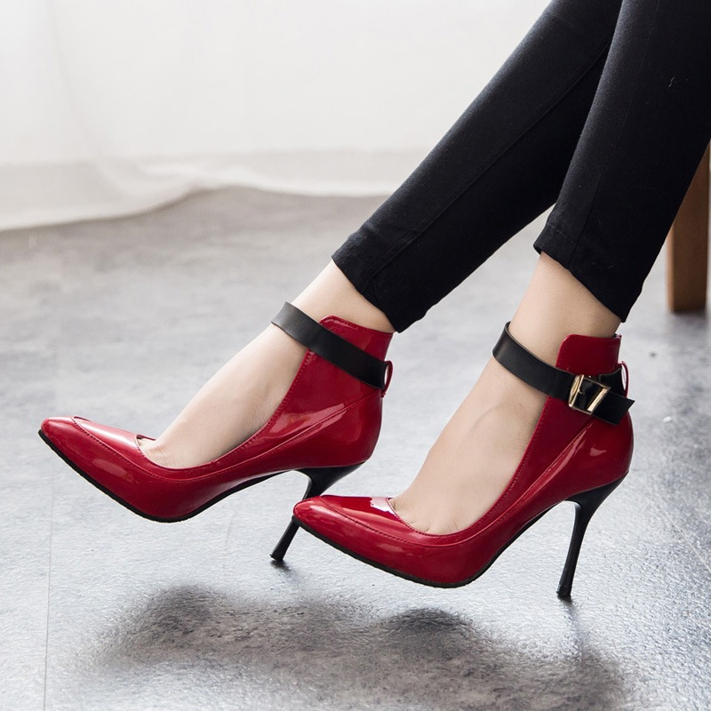 Wonderful On Top Of Being Shameless Hussies Who Dont Deserve To Be Taken Seriously, Women Who Wear High Heels Are Putting Their Health And Wellbeing At Risk, Too According To The Former Editor Of Vogue, Andre Leon Talley, The Heel Is &quota Risk