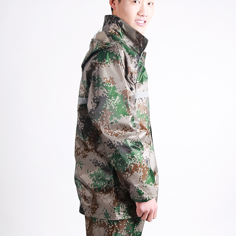 Breathable Polyester Oxford Fabric Raincoat Camouflage Waterproof Suit Raincoat for Men Women Poncho Outdoor Rain(China (Mainland))