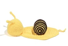 Newborn photography props set crochet hand-knit small snail shape Children shoot clothing props(China (Mainland))