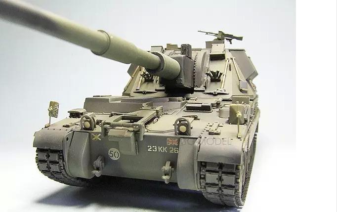 Tamiya 1/35 World War II Tanks and armored vehicles 00324 British AS-90 155mm howitzer(China (Mainland))
