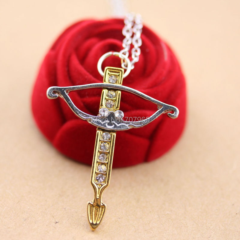 Walking Dead Daryl Crossbow Pendant Necklace 2colors plated crystal pendant necklace(China (Mainland))