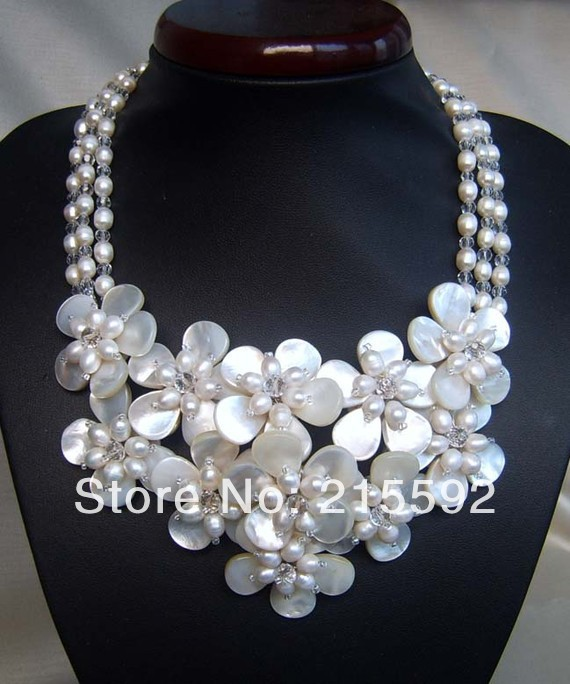 Amazing!3 Rows Shell Flowers Necklace Romantic Wedding Bridal Jewelry Birthday Necklace3 Wholesale Free Shipping SP015(China (Mainland))