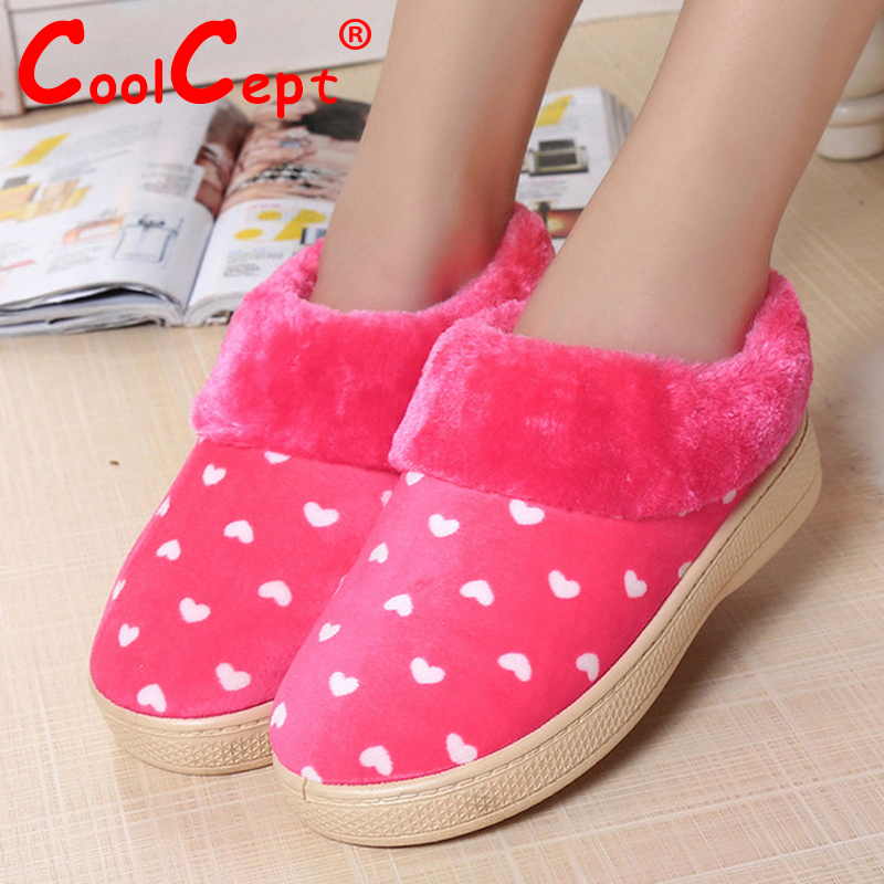 Size 35-40 Russia Winter Warm Thickened Fur Women Flat Half Short Ankle Snow Boots Cotton Winter Footwear Leisure Boot Shoes(China (Mainland))