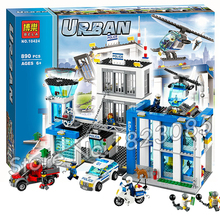 890pcs 2016 BELA 10424 City Police Station building blocks Action Figures Model Toys helicopter jail cell Compatible with Lego