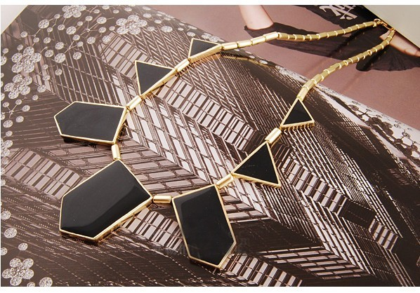 N146  New Design fashion vintage Geometric type Necklace  Wholesales Jewelry Accessories