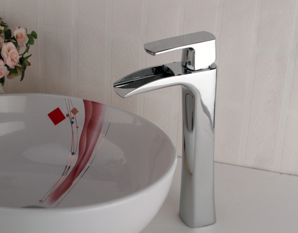 Фотография Polished Chrome Brass Waterfall Bathroom Basin Faucet Single Handle Hole Vanity Sink Mixer Tap Deck Mounted
