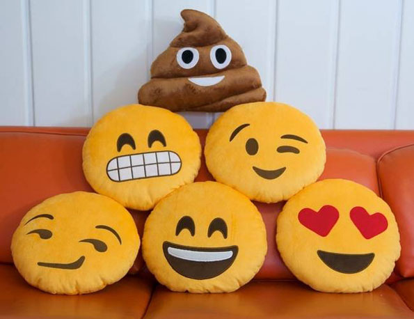 Soft Emoji Cute Cushion Shit Poop Poo Pillow Smiley Emoticon Smile Toy Doll Gifts for iphone Whatsapp 17 options(China (Mainland))