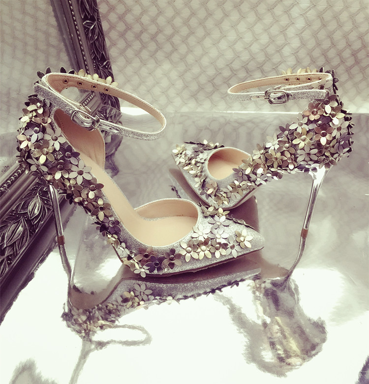 2017 shoes woman high heels flowers floral wedding shoes pumps cross dressing rhinestones stiletto shoes ladies pointed toe(China (Mainland))