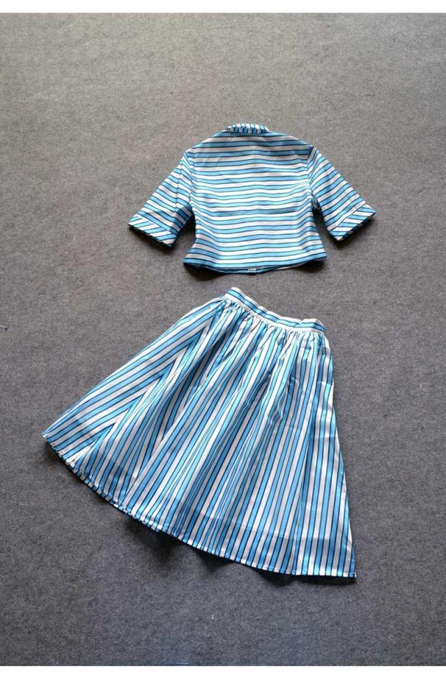 Женщины знаменитости ограниченной классические Cocorigo юбка костюм лето свободного покроя полоска рабочий растениеводство верхний и комплект женское костюм с юбкой