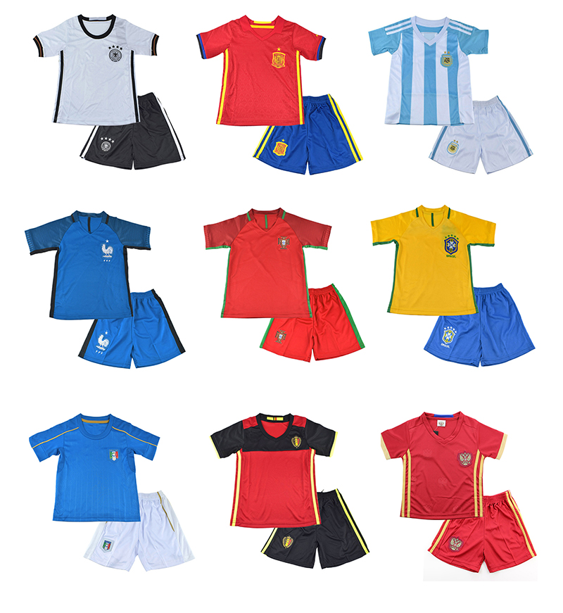 2016 Latest Children Football Clothing Sets Summer Baby Sport Clothes Boys Sport Twinset Kids Football Suit(China (Mainland))