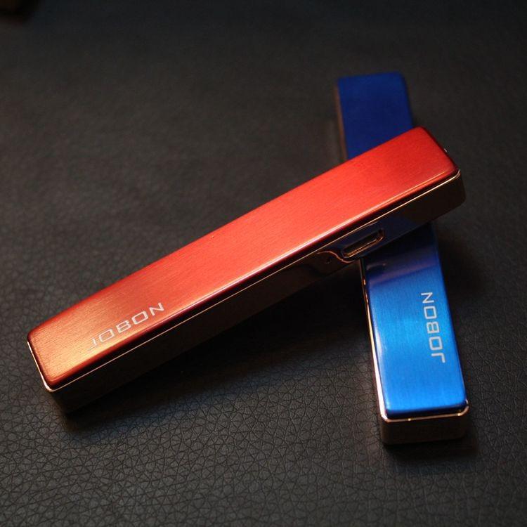ถูก ขายส่งUsbชาร์จรัฐบางเฉียบไฟแช็windproofโลหะusbบุหรี่อิเล็กทรอนิกส์เบาสำหรับผู้ชายแฟชั่นของขวัญ