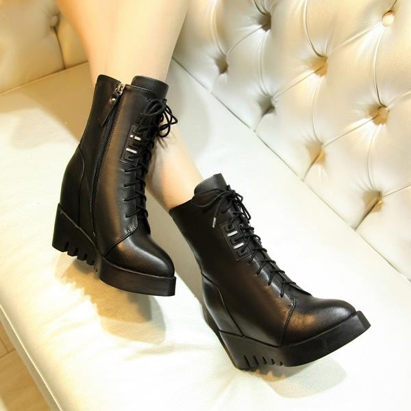 2016 new fashion lace up ankle boots wedges high heels genuine leather boots for women pointed toe autumn winter boots<br><br>Aliexpress