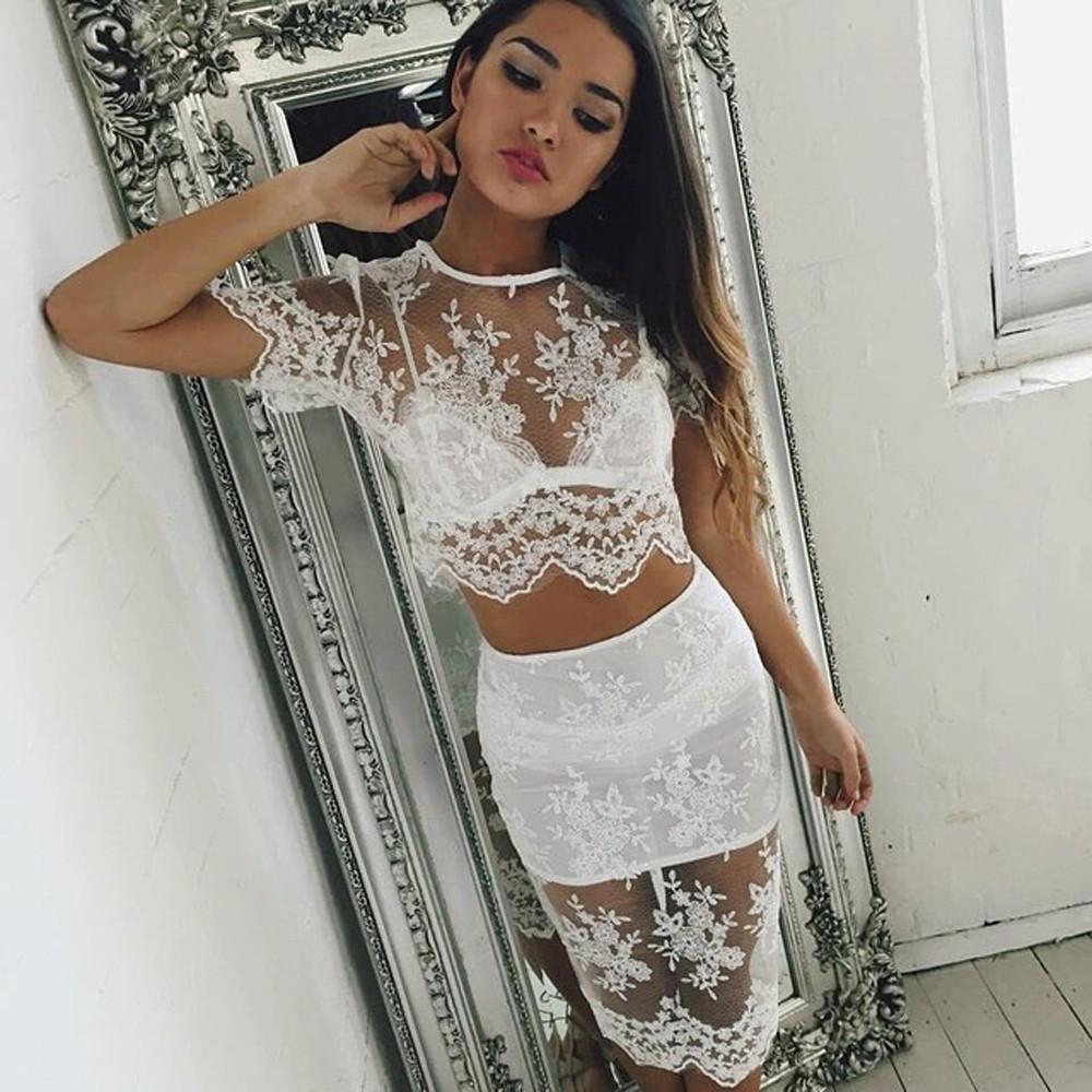 Сексуальны женщины в облегающих юбках 1 фотография
