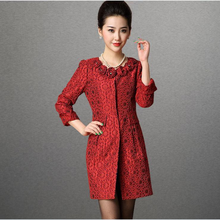 New women's autumn winter fashion vintage jacquard Rose three-dimensional flowers long slim trench coat outerwear(China (Mainland))