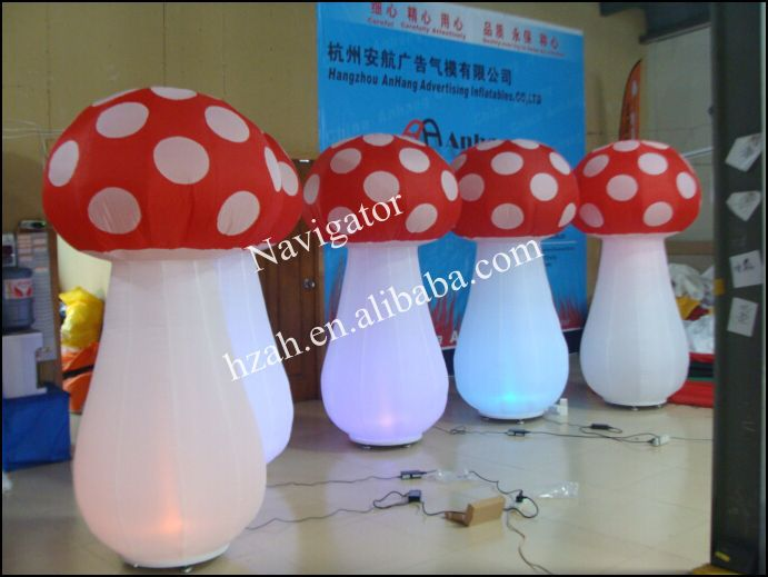 Lighted Inflatable Mushroom for Party Decoration(China (Mainland))