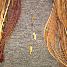 YP0793 Simple  design  feather pendant necklace  hotsale  product sufficient  gold and silver  alloy  jewelry