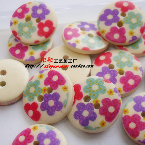 Hotsale colored round wood buttons painting fashion style buttons 18MM 15MM 150pcs(China (Mainland))