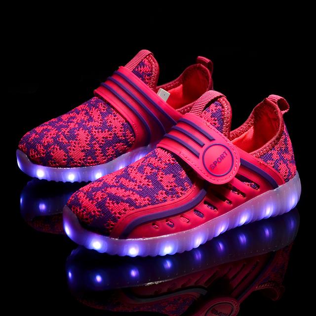 2017 Новый 7 Цветов световой shoes дети СВЕТОДИОДНЫЕ светящиеся обуви мальчиков и девочек мода USB аккумуляторная света led shoes for kids led shoes