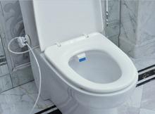 Siège de toilette bidet. Luxe et hygiénique écologique et facile à installer high - tech Bidet de siège. Portable Bidet douche BF-002(China (Mainland))
