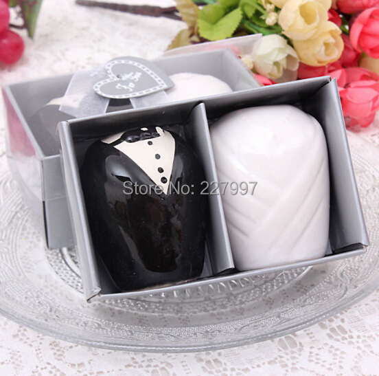 and Groom Salt and Pepper Shakers Kitchen Tools Party Favors Wedding ...