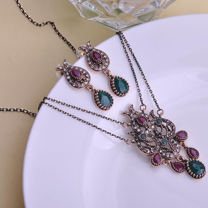 Turkish Turco Vintage Jewelry Sets Crown Water Drop Resin Max Brincos Collar Necklace Retro Unicorn Brand Bijuterias Women Joyas(China (Mainland))