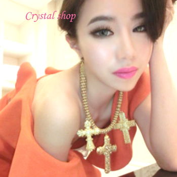 Min order is 10usd (mix order) 41K22 Palace carved shiny cross choker necklace wholesale !! Free shipping
