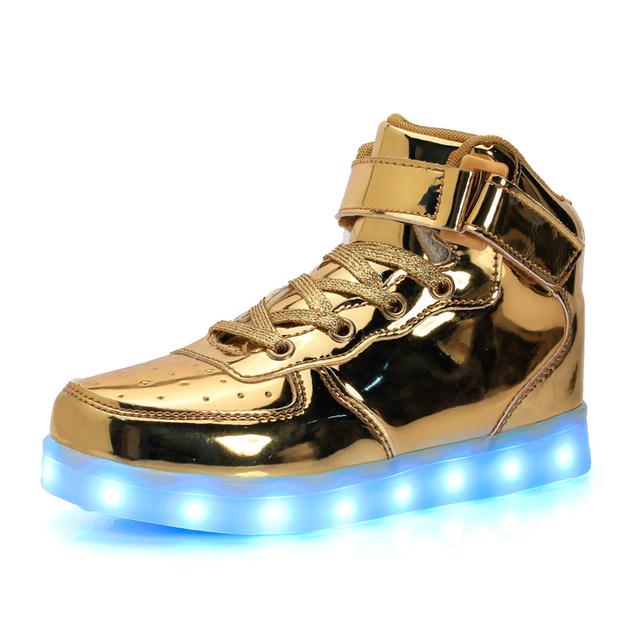 Классический Белый Ребенок Освещенные Shoes Для Девочек Мальчиков Красочные Светящиеся Дети Кроссовки Заряд Световой Teenage Shoes Chaussure Enfant LED