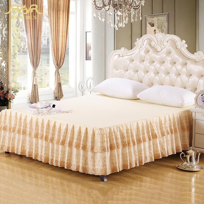 achetez en gros beige jupe de lit en ligne des grossistes beige jupe de lit chinois. Black Bedroom Furniture Sets. Home Design Ideas