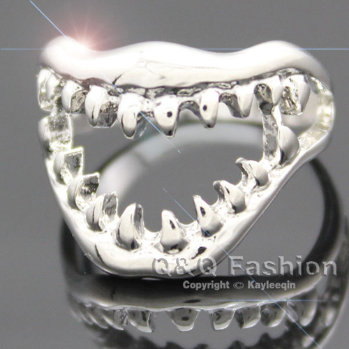 Chic Shark Tooth Skull Hell Demon Mouth Finger Ring Goth Emo Punk Fancy Dress Jewelry Free Shipping(China (Mainland))