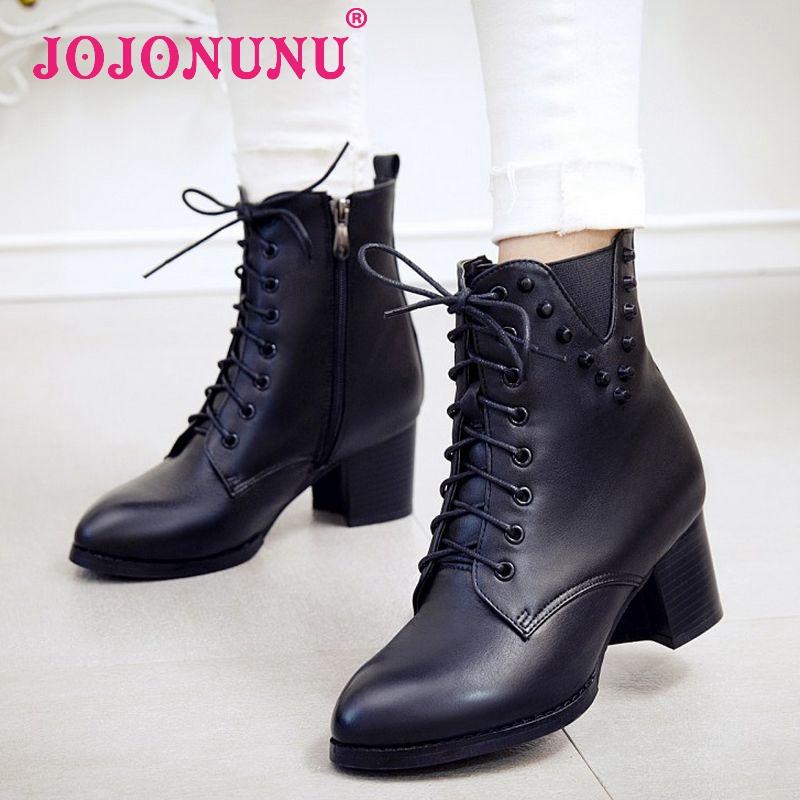 Здесь можно купить  women real genuine leather high heel mid calf boots martin botas autumn winter half short boot footwear shoes R8106 size 34-39  Обувь