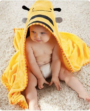 Free shipping animal style bathrobe child bath towel NEW embroidered robe holds cartoon bathrobes high quality can mix designs