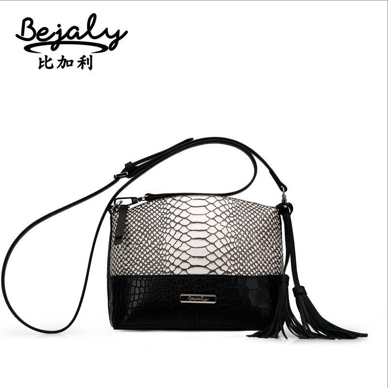 Famous brand top quality dermis women bag   Retro mosaic serpentine Messenger Bag Tassel small square package<br>