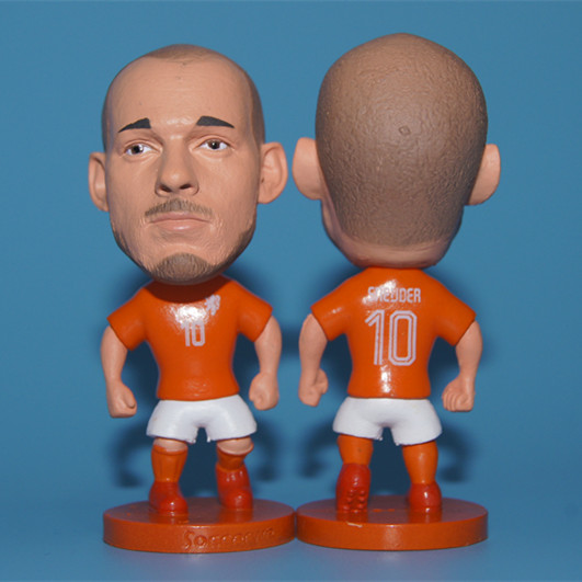 KODOTO soccer star RESIN MATERIAL SIZE 6.5 CM HEIGHT Moving-arm holland 10 Wesley Sneijder figure orange kit(China (Mainland))