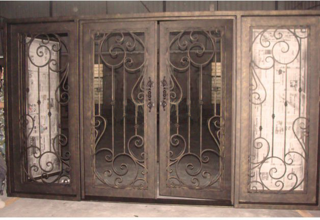 Finished door with sidelight design for rot 0209 iron for Types of front door glass