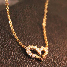 Fashionable Women's wedding jewelry Accessories Inlaid Rhinestone Necklaces Clavicle chain Female vow of love(China (Mainland))