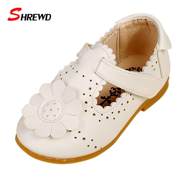 Обувь Для Детей 2016 Осень/Весенняя Мода Цветок Детская Одежда Обувь Для Девочек Кожа Твердые Hollow Повседневная Довольно Обувь для Девочек 9151Z
