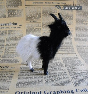 simulation black&white sheep ,13x11cm goat model polyethylene& fur handicraft,prop home Decoration xmas gift b3591(China (Mainland))