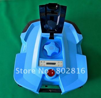 2012 Newest Generation Auto Mower With Two independent Li-ion batteries: if one is bad, the other will support the working