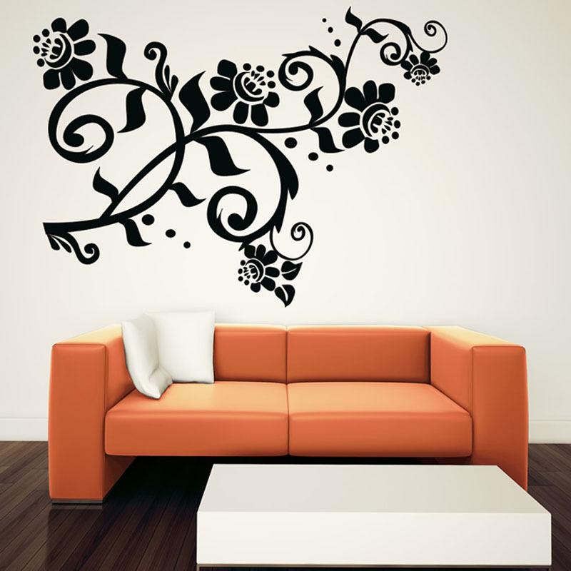 wohnzimmer wanddeko kunst graues sofa hellblaue akzente