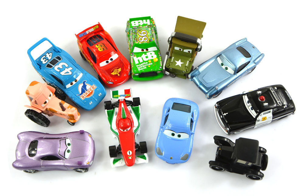 11Pcs/Set Pixar Cars 2 Lizzie/Tractor/The King/Chick Hicks/Mcque/Sally/Francesco/Sheriff/Sarge Diecast Metal Kids Toy(China (Mainland))