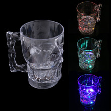 New Water Inductive Glowing Wine Beer Cola Cup Mug LED Glowing Skull Shape hv5n