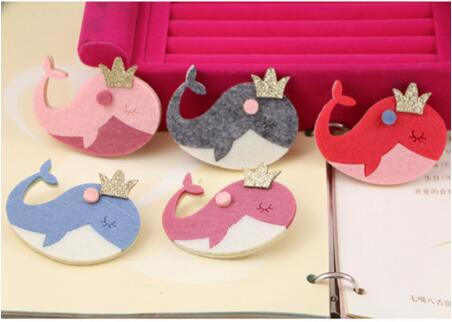 Newest 30pcs/lot mix Glitter Crown Cartoon Cute Dolphins Shape Handmade Non-woven Felts diy Costume jewelry Decoration MaterialsОдежда и ак�е��уары<br><br><br>Aliexpress